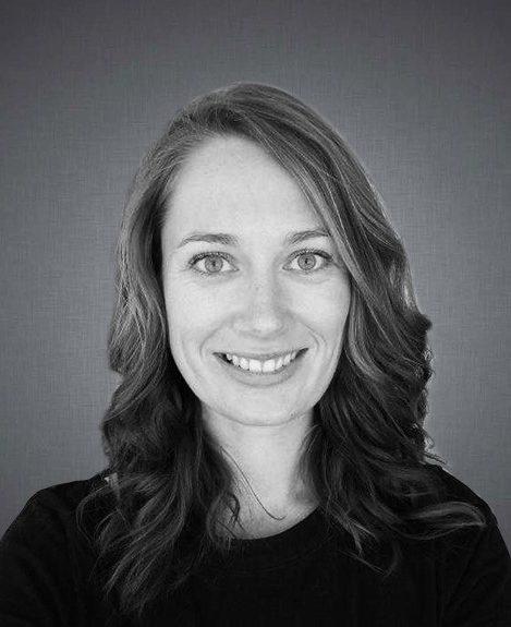 Johanna Nikki van Leeuwen translator writer